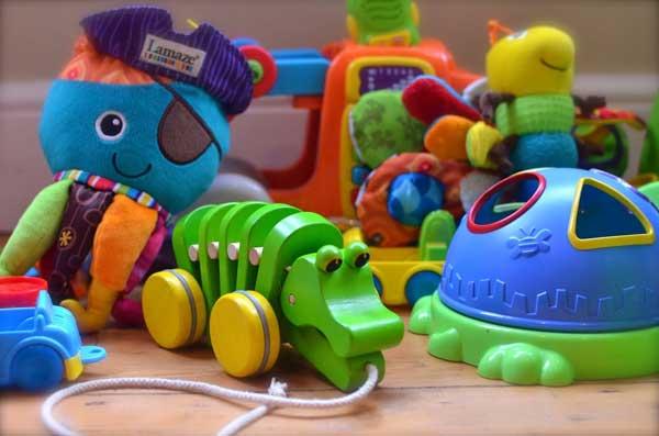 Какую игрушку подарить ребенку на день рождения