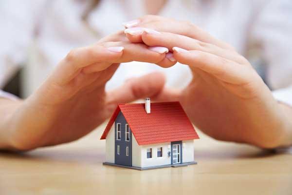 Зачем нужно страховать квартиру