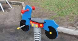 Как выбрать детские качели для улицы