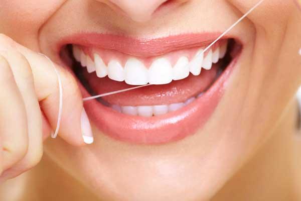 Преимущества имплантации зубов