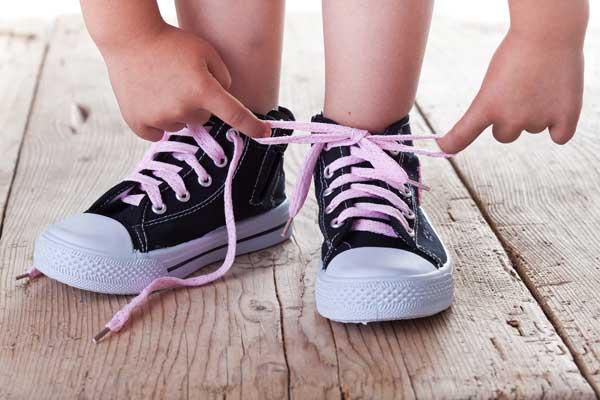 Как правильно выбрать кеды для ребенка