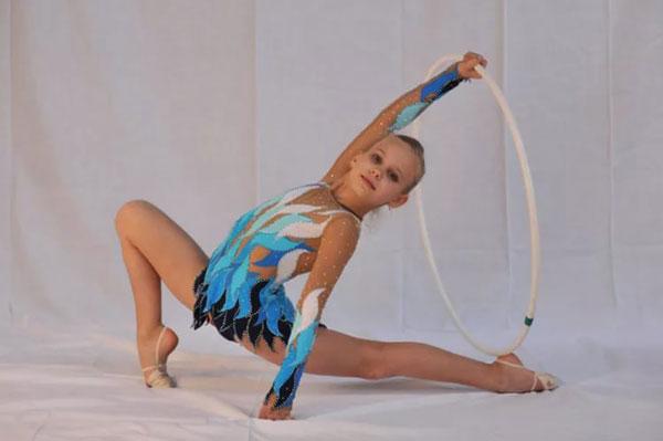 детский купальник для художественной гимнастики