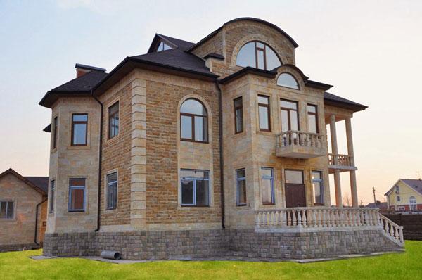 oblicovka-fasada-kamnem